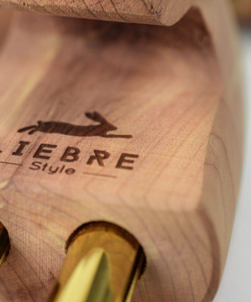 engraved logo of liebre style in cedar wood shoe tree